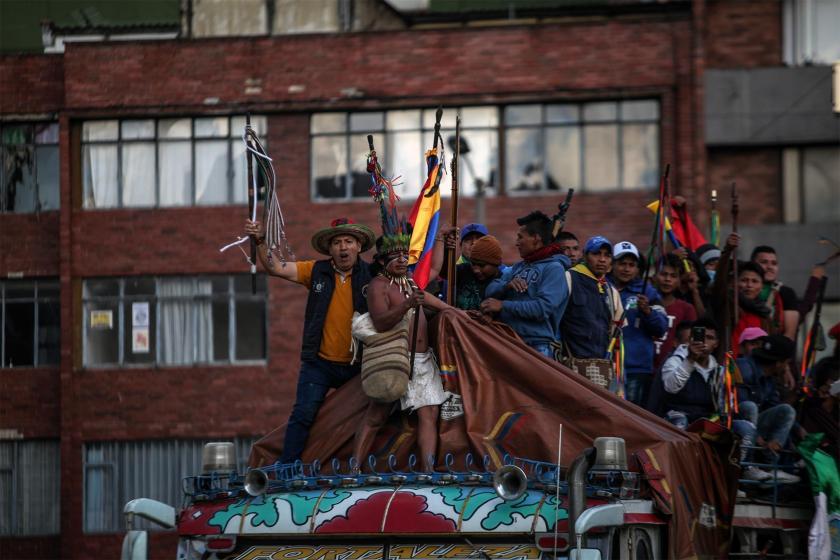 Kolombiya'da eylem yapan yerliler