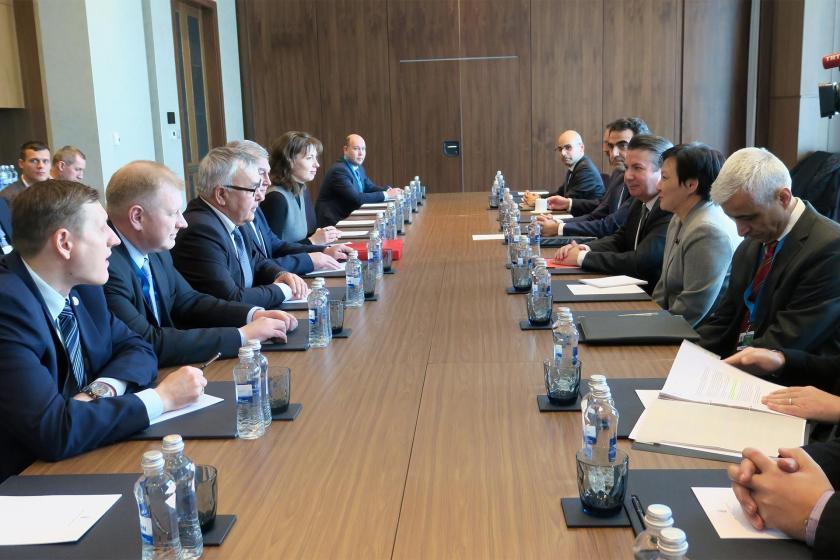 Kazakistan'ın başkenti Nur Sultan'da başlayan Suriye konulu 14. Garantörler Toplantısının ön görüşmeleri kapsamında Türkiye ve Rusya heyetleri bir araya geldi.