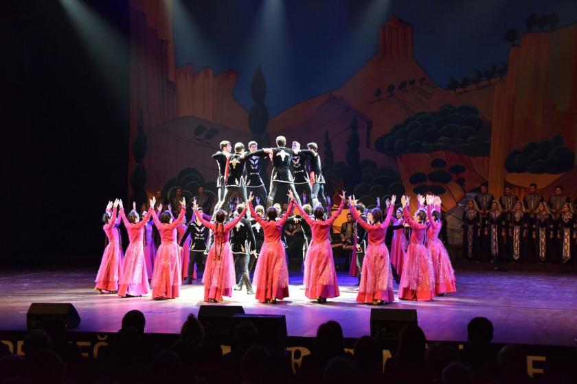 Maral Müzik ve Dans Topluluğu
