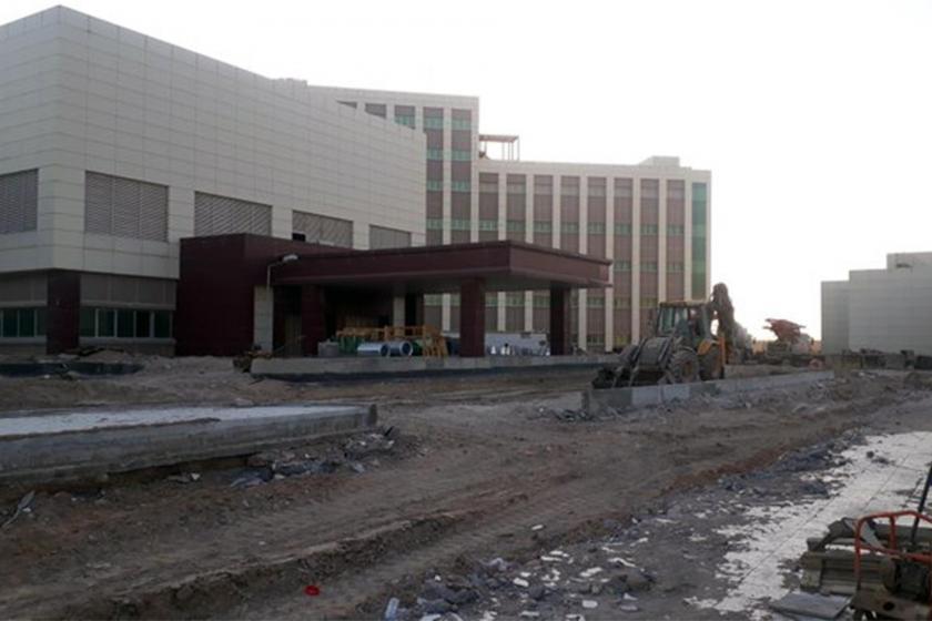 Basra'da yapımı süren hastane inşaatı