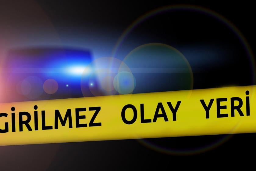 'Olay yeri girilmez' yazılı polis şeridi