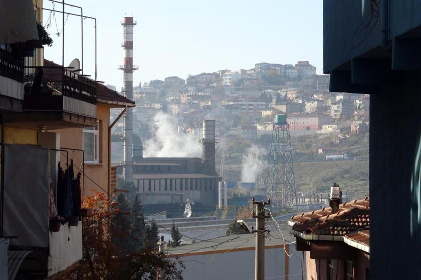 Dilovasında yer alan fabrikadan çıkan gaz