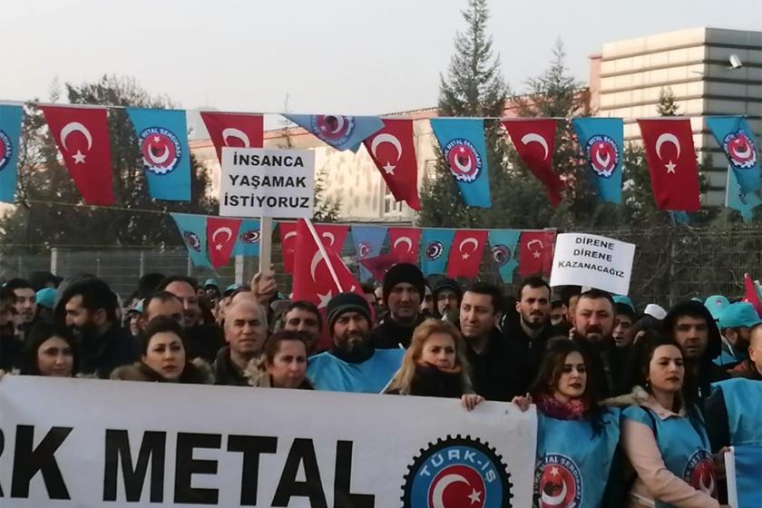 MESS'i protesto eden Türk Metal üyesi işçiler