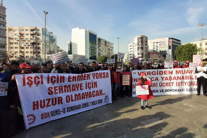 Bornova'da emekçilerin asgari ücret eylemi