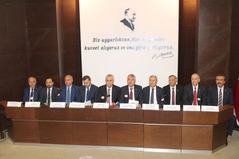 Adana'nın sanayi, ticaret ve esnaf odaları ile büyükşehir ve ilçe belediye başkanları
