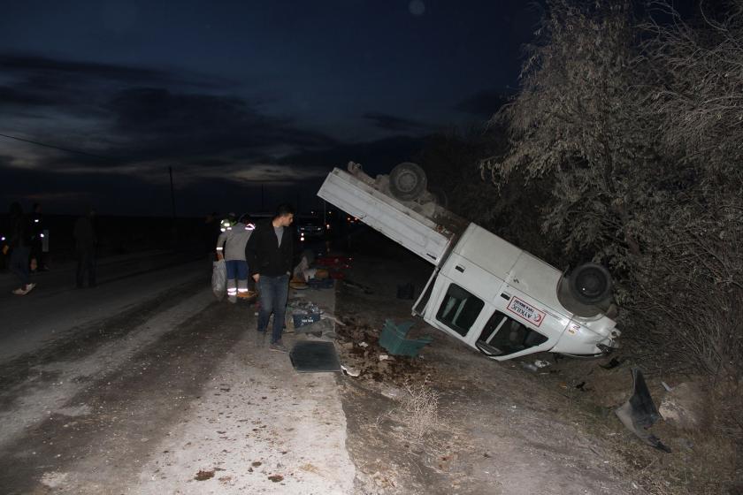 Kayseri'de işçileri taşıyan kamyonetin kazadan sonraki hali