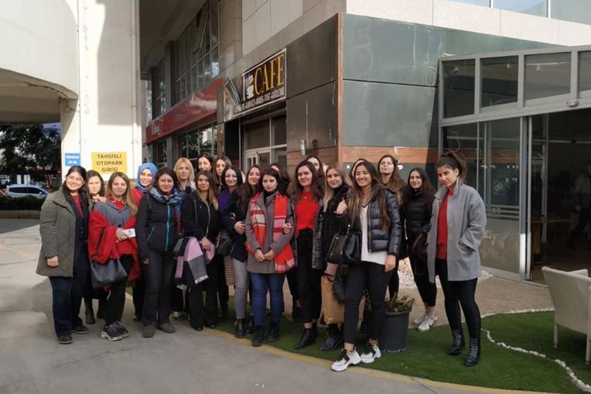 Şenol Hukuk Bürosu çağrı merkezi işçisi kadınlar