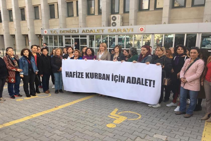 kadınlar hafize kurban için denizli adliyesi önünde