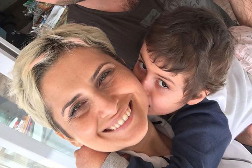 Öykü Arin (sağda) ve annesi Eylem Şen (solda)