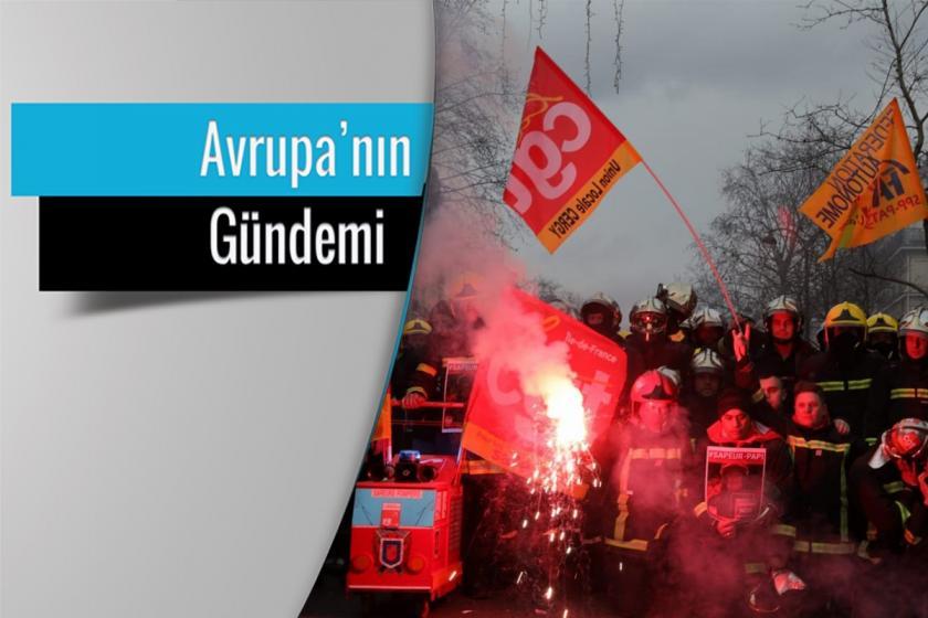 Fransa'da greve çıkan işçiler