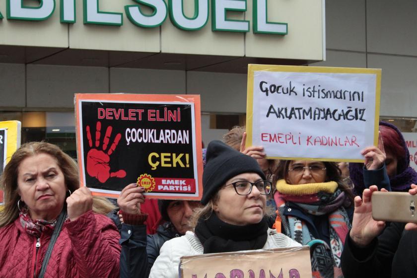 İzmir Kadın Platformu üyeleri