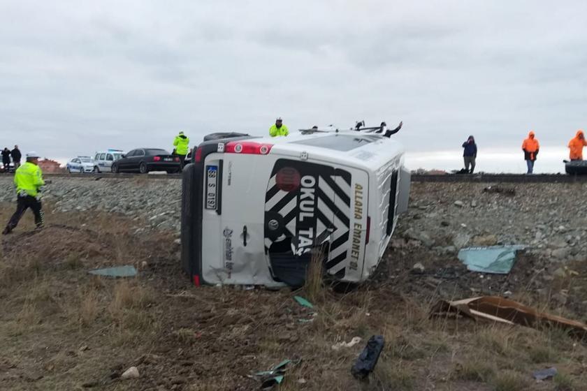 Kaza yapan işçi servisi