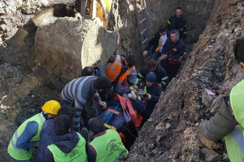 Lüleburgaz'da göçük altında kalan 2 işçi kurtarılırken