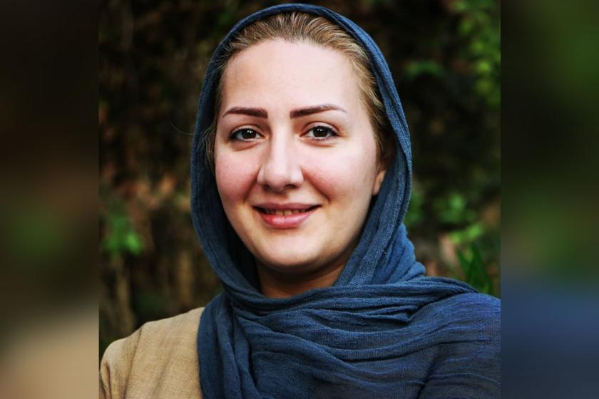 İran devlet televizyonu spikeri Gelare Cabbari