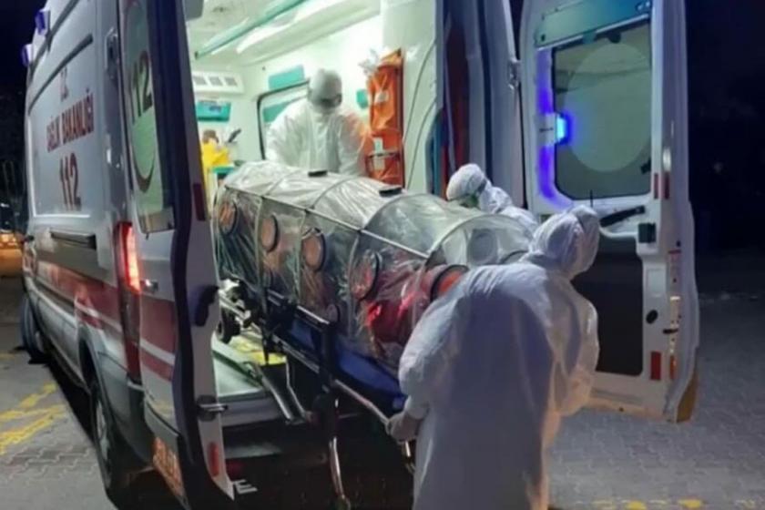 Koronavirüs şüphesiyle karantinaya alınan hasta, ambulans ve sağlık personelleri