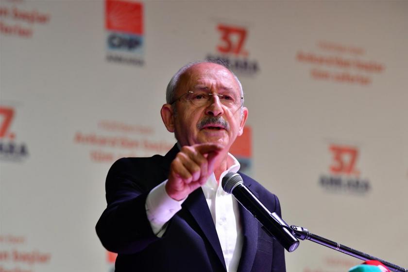 CHP Genel Başkanı Kemal Kılıçdaroğlu Ankara İl Kongresinde kürsüde konuşma yaparken
