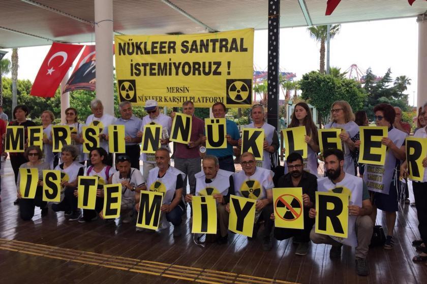 Mersin Nükleer Karşıtı Platform üyeleri