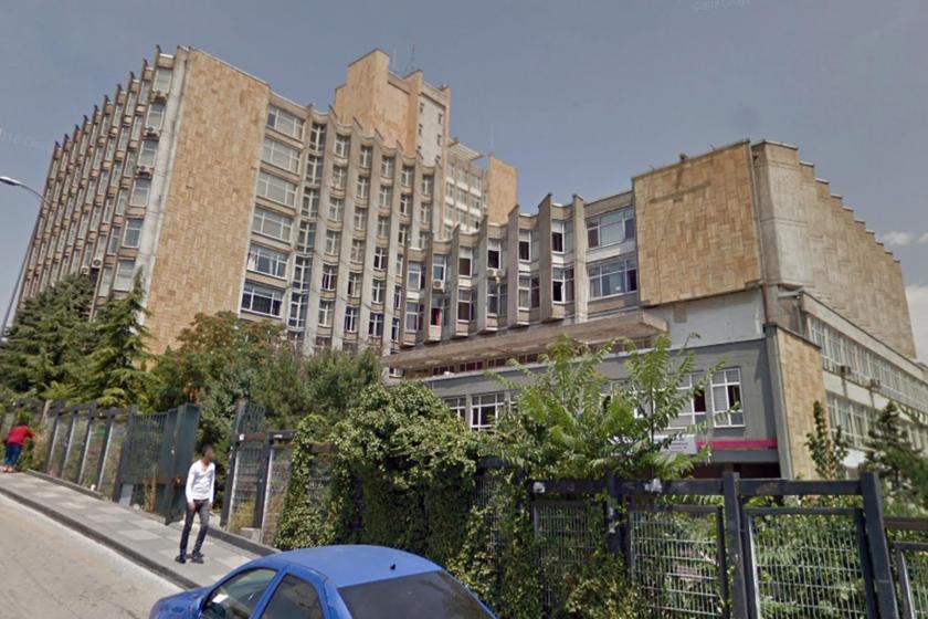 Hacettepe Üniversitesine ait bina