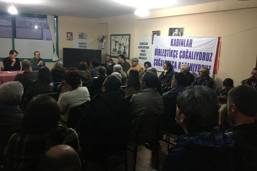 Çiğli'de Yusuf Karataş'ın katıldığı panel düzenledi