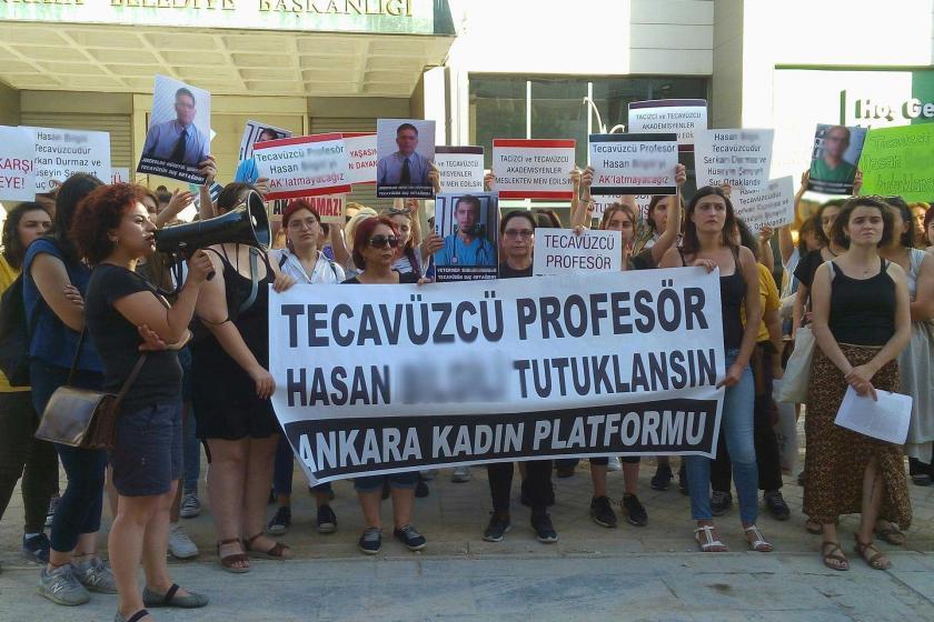 Ankara Kadın Platformunun Hasan B.'nin tutuklu yargılanması talebiyle yaptığı eylemden