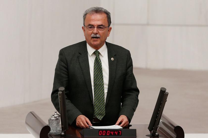 CHP Muğla Milletvekili Süleyman Girgin meclis kürsüsünde.