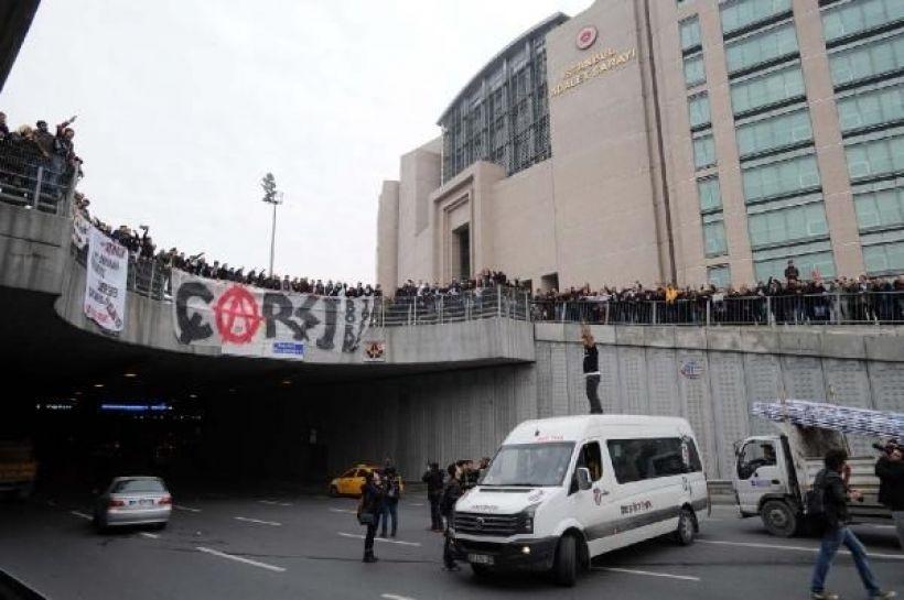Çarşı Davası'nda polisler şikayetlerini geri aldı