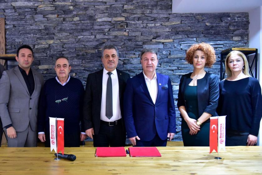 Bornova Belediyesi İzmir Eczacılar Odası ile askıda reçete kampanyası  başlattığını duyurdu