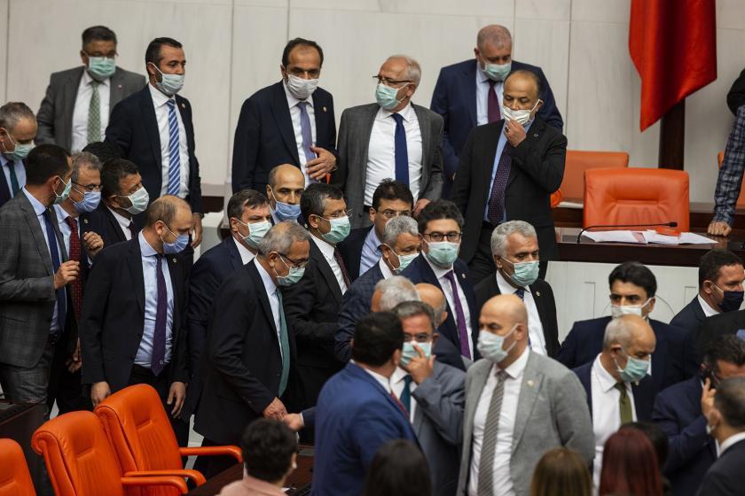 Özgür Özel ve Milletvekilleri Meclis'te