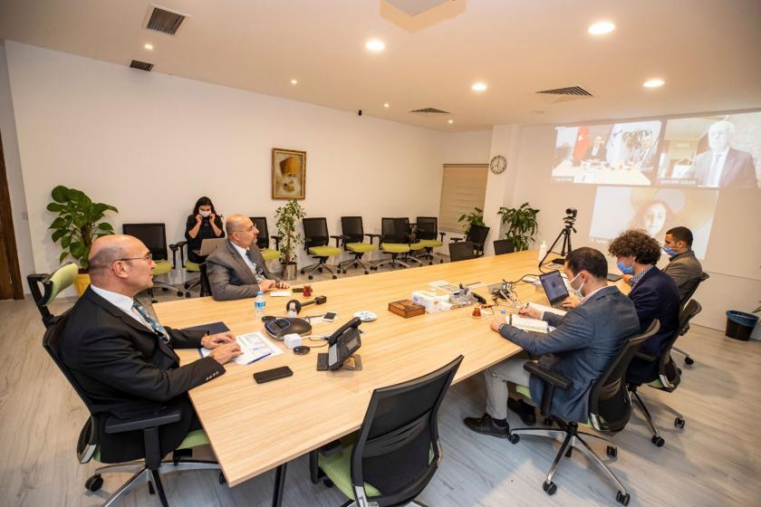 İzmir Büyükşehir Belediyesi ODTÜ Mezunlar Derneği'nin düzenlediği deprem konulu çevrim içi söyleşiye katıldı