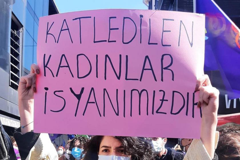 İstanbul'da eylemdeki kadınlar