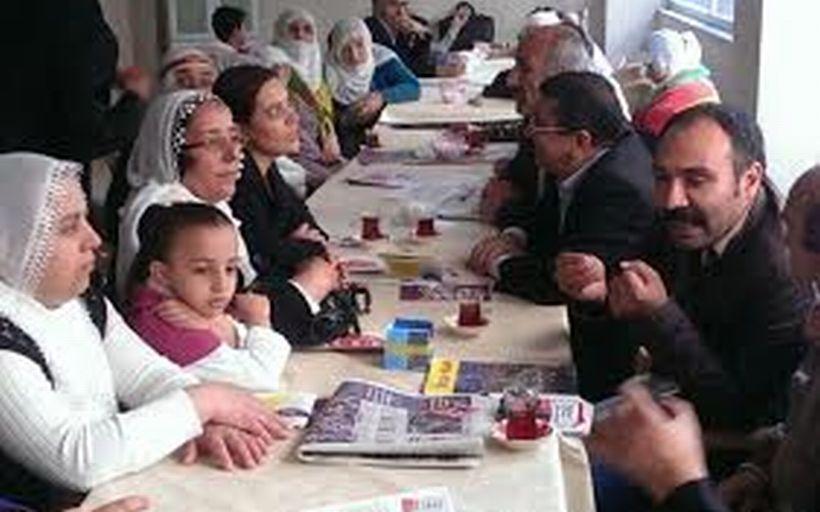 CHP'li aday: Barış için HDP'nin barajı geçmesini isteriz