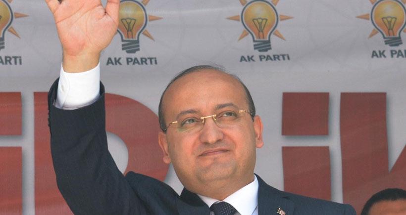 Akdoğan'dan HDP'ye: Barajı geçersen milleti sokağa dökmeyeceğinin garantisi var mı?