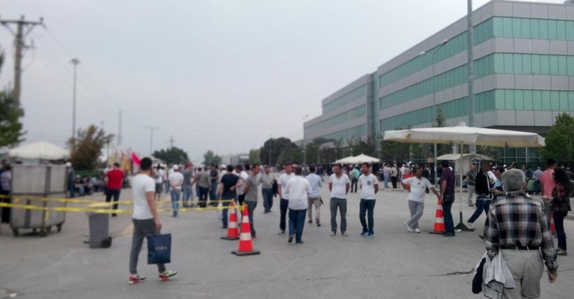 Renault'da sivil polislerden provokasyon girişimi