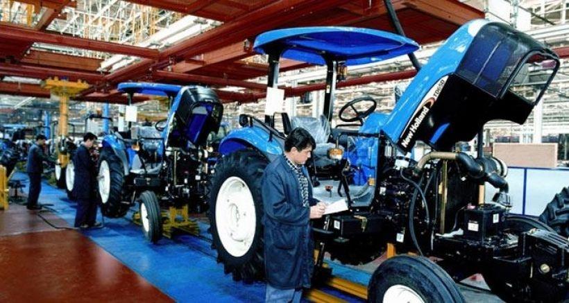 Metal direnişi Ankara'ya sıçradı: Türk Traktör işçileri üretimi durdurdu