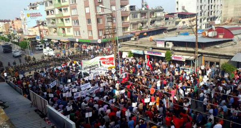 Antakya'da 'Eğit Donat'a karşı binler alana çıktı
