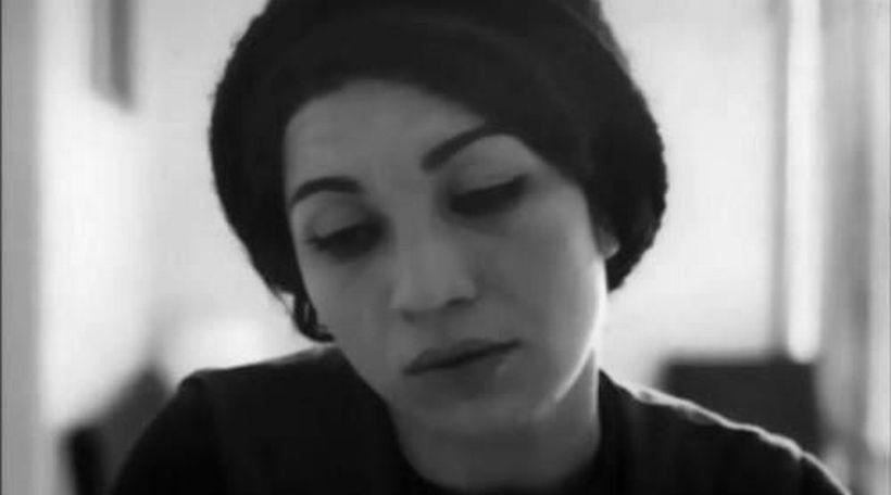 Furuğ Ferruhzad: Soğuk mevsiminin başlangıcına inandıran kadın