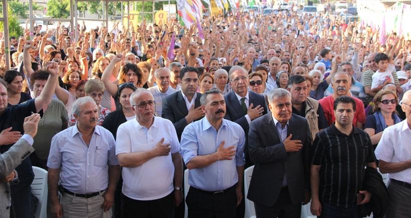 HDP adayları İzmir'de  Alevilerle buluştu