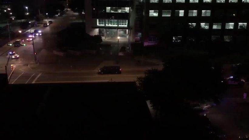 ABD'de polis merkezine bombalı ve silahlı saldırı