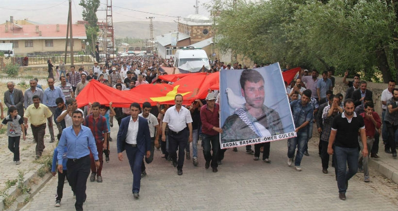 YPG'li Güler'i binler uğurladı