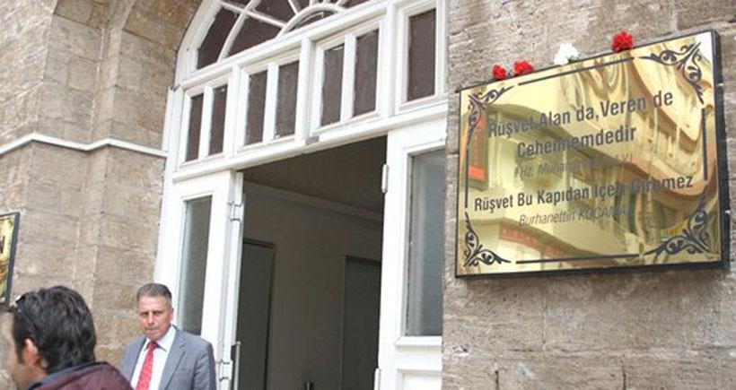 Mersin Belediyesi'nde rüşvet tartışması büyüyor