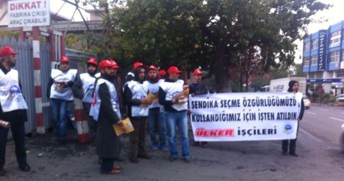 Ülker işçileri fabrika önünde direnişte