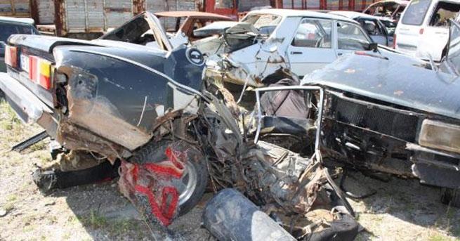 Eskişehir'de trafik kazası: Aynı aileden 4 kişi öldü