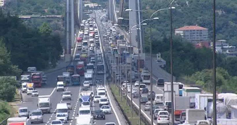 FSM Köprüsü'nde bayram dönüşü trafiği başladı