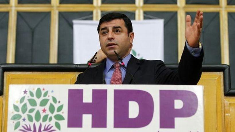 HDP grup toplantısı sansürüne sosyal medyadan tepki