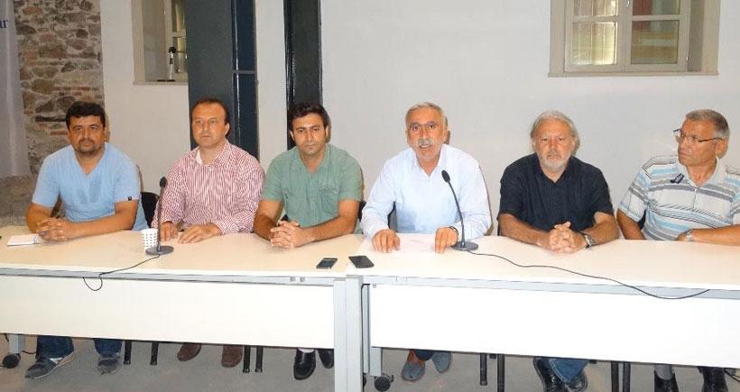 İzmir emek ve meslek örgütleri: Geç olmadan silahlar sussun