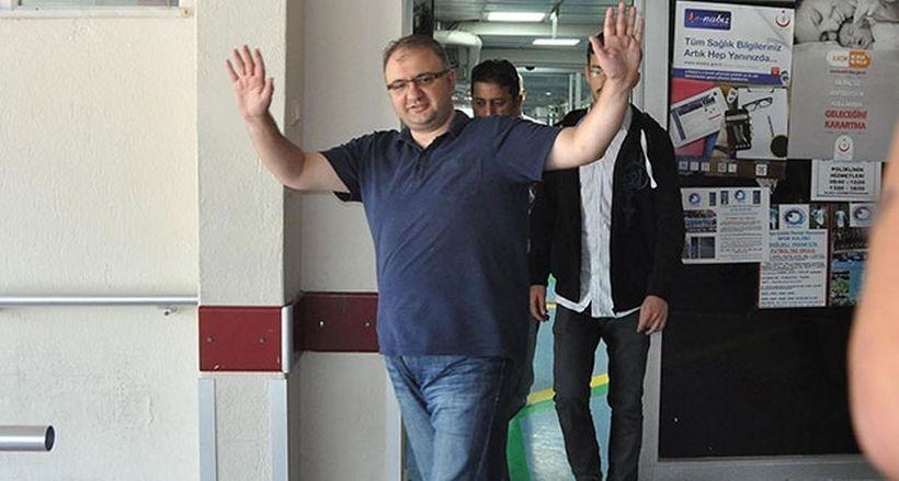 Yolsuzluk soruşturmasında gözaltı kararı veren hakim hakkında yeniden yakalama kararı