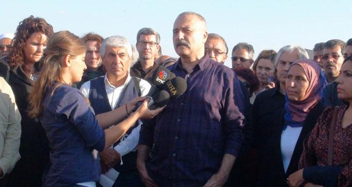 Edebiyatçılar Kobanê sınırında