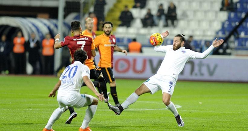 Kasımpaşa ile Galatasaray 2-2 berabere kaldı
