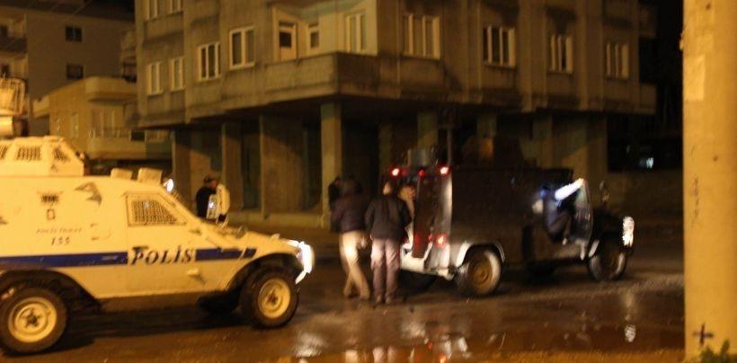 Tarsus'ta ev baskınları: 15 gözaltı
