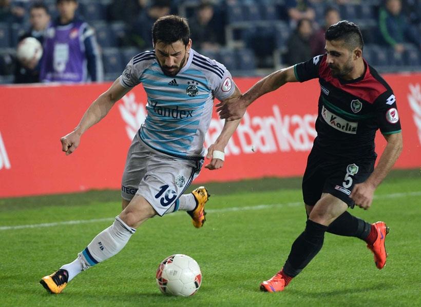 Amedspor'u 3-3'ün rövanşında 3-1 yenen Fenerbahçe yarı finale yükseldi